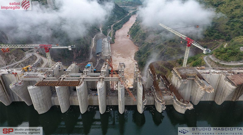 Ponte stradale sulla diga di Gibe III